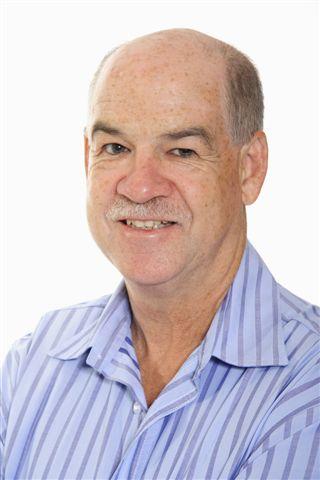 South African Billionaire visits CEDAT